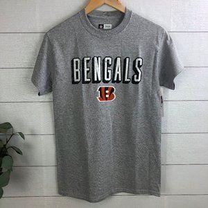 NFL Men's Short Sleeve Small T-Shirt Bengals